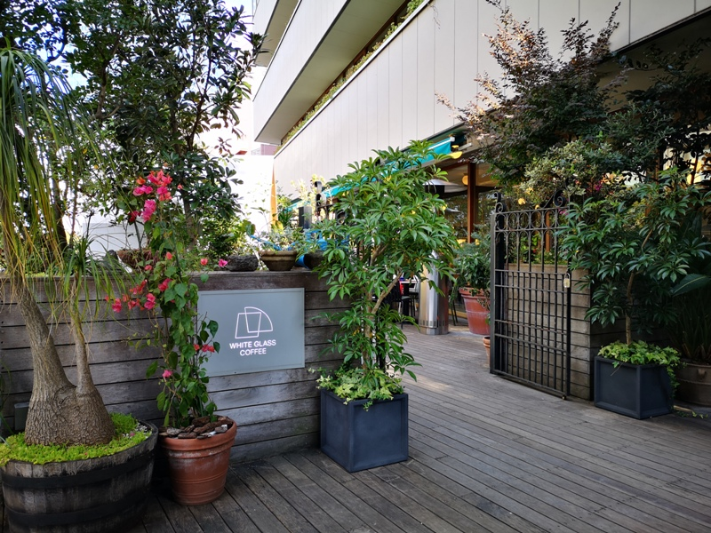 whiteglass02 Shibuya-澀谷White Glass Coffee 有著綠意庭園咖啡館悠閒舒適