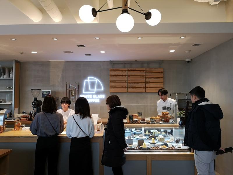 whiteglass07 Shibuya-澀谷White Glass Coffee 有著綠意庭園咖啡館悠閒舒適