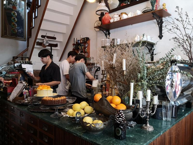 Hatiencafe02 Bangkok-Ha Tien Cafe曼谷臥佛寺旁 復古華麗的咖啡館
