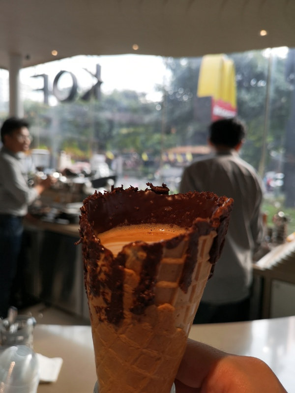 KOF14 Bangkok-甜筒拿鐵創意十足 小而美曼谷KOF Thonglor