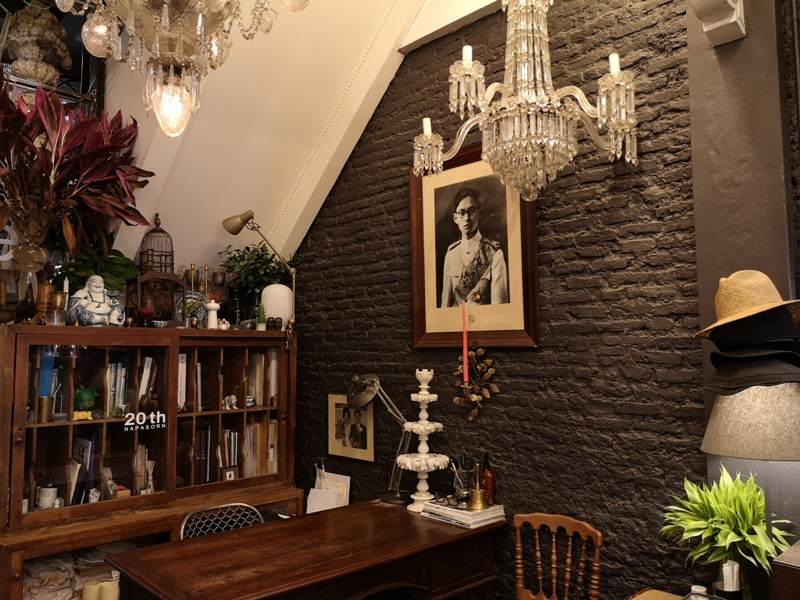 floralcafebkk170103 Bangkok-Floral Cafe at Napasorn曼谷花市旁滿滿花香古物的咖啡館
