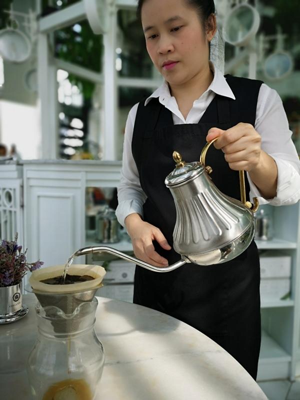 organikahouse25 Bangkok-Organika House (Spa & Cafe)純白青綠無敵浪漫 曼谷網美咖啡館