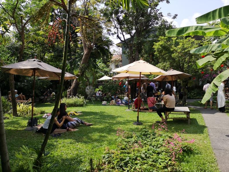 patomliving28 Bangkok-鬧區中小森林Patom Organic Living玻璃屋吸睛好拍 假日市集熱鬧好逛