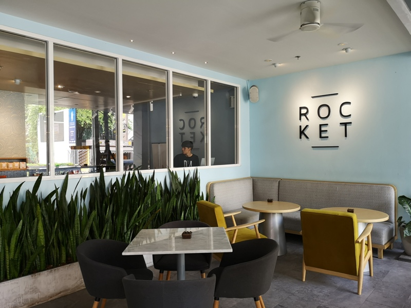 rocketcoffeebar04 Bangkok-Rocket Coffeebar夜晚熱鬧下午悠閒的咖啡館在Sukhumvit Soi 11