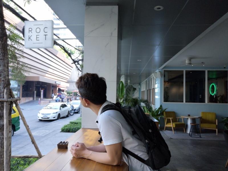 rocketcoffeebar19 Bangkok-Rocket Coffeebar夜晚熱鬧下午悠閒的咖啡館在Sukhumvit Soi 11