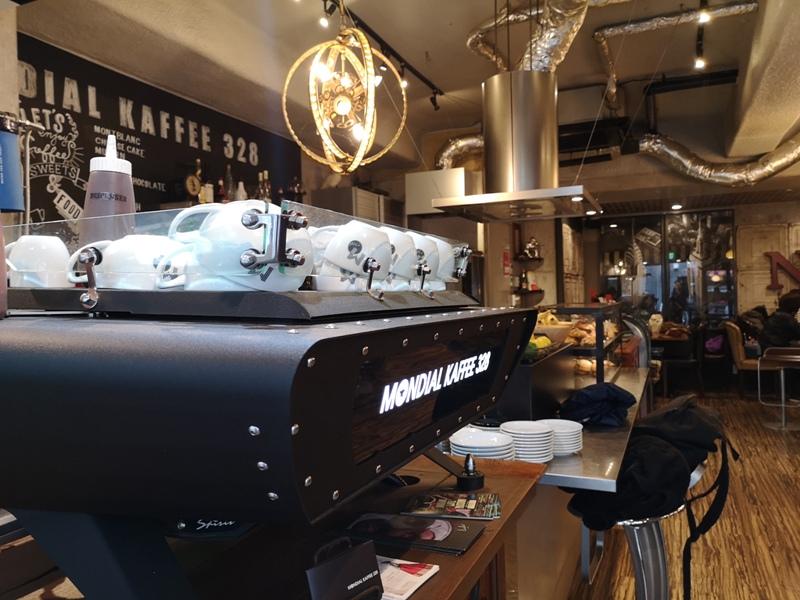 mondialcoffee03 Osaka-Mondial Kaffee大阪難波附近美式復古風咖啡館 果真冠軍的拉花啊