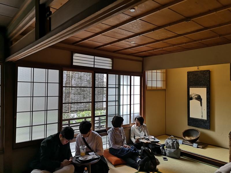 starbuckskyoto07110 Kyoto-星巴克 京都二寧坂ヤサカ茶屋店 滿滿日式京町風格 全球唯一榻榻米設計但搶不到