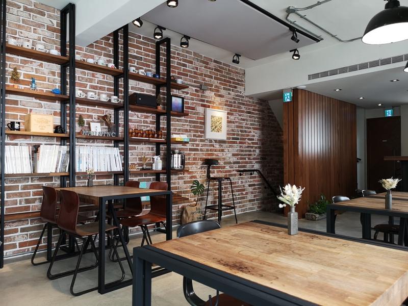 hausinc14 台中北區-HAUSINC CAFE簡約現代明亮舒適 一杯咖啡飲春光