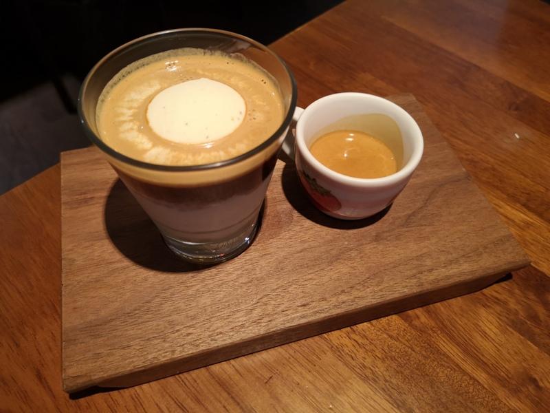 rufouscoffee15 大安-Rufous Coffee Roasters帶著神秘感有點老派的知名咖啡館