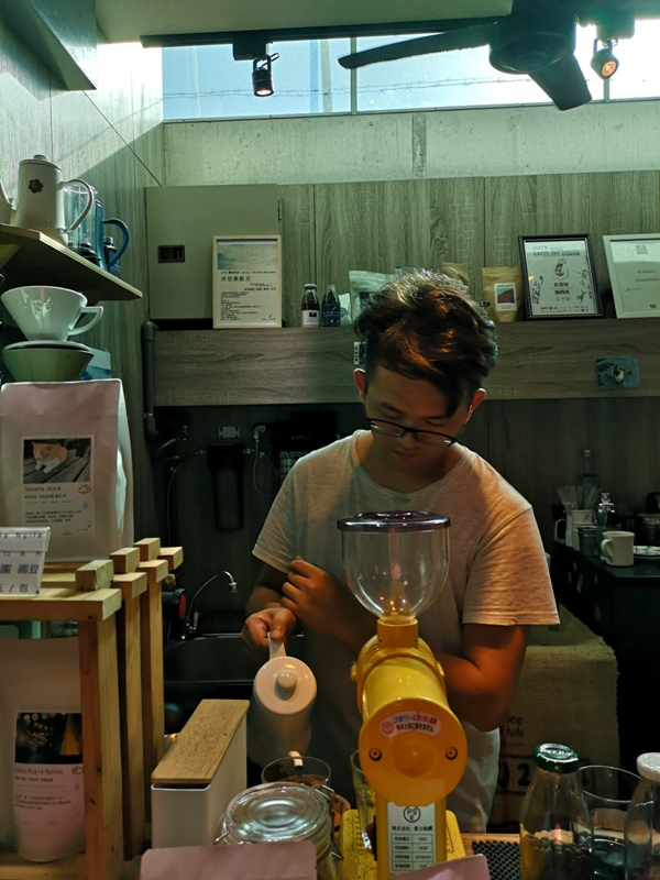 airkafe16 龍潭-Air Kafe老街復興計畫 菱潭街興創基地 最龍潭的小空間飲一杯清涼