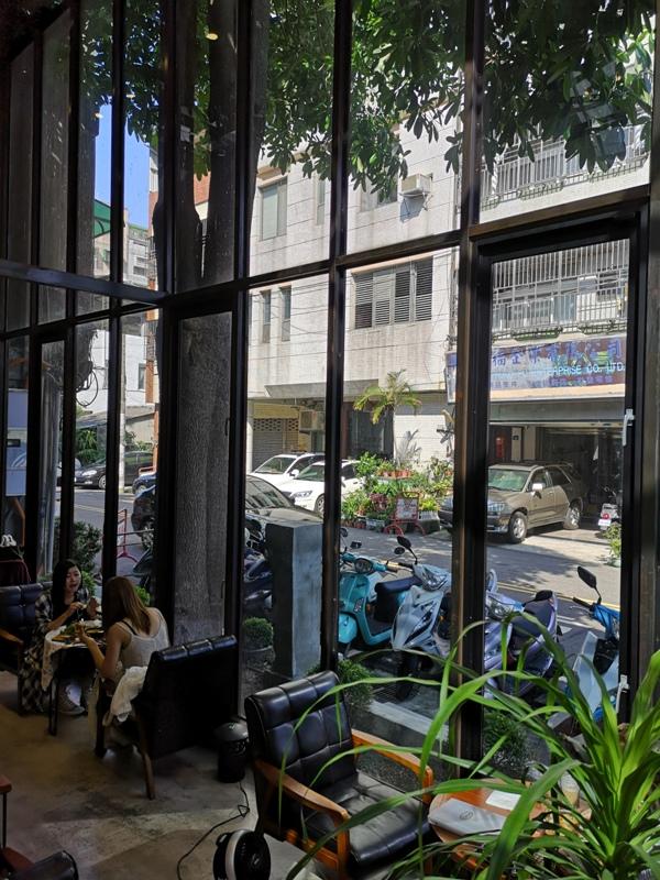 heynuts06 台中西區-堅果小巷 Heynuts alley cafe網美店超好拍