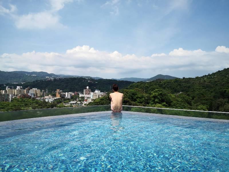 renaissancetaipei43 士林-萬麗酒店 新穎典雅 無邊際泳池網美風 中山北路的世外桃源