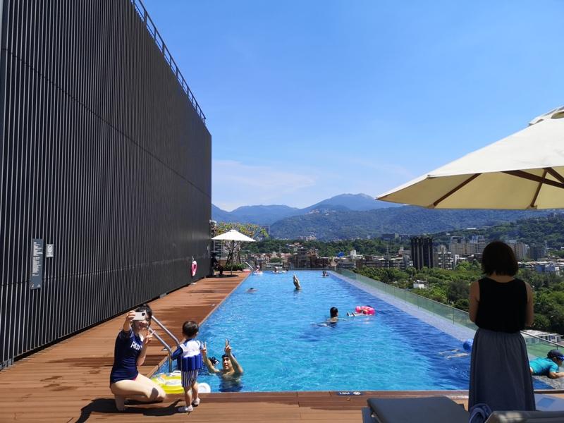 renaissancetaipei47 士林-萬麗酒店 新穎典雅 無邊際泳池網美風 中山北路的世外桃源