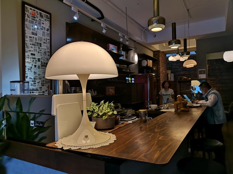 klassic09 新竹-舊是經典Absolut Klassik享受咖啡感受經典家具的溫暖空間