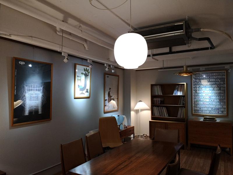 klassic18 新竹-舊是經典Absolut Klassik享受咖啡感受經典家具的溫暖空間