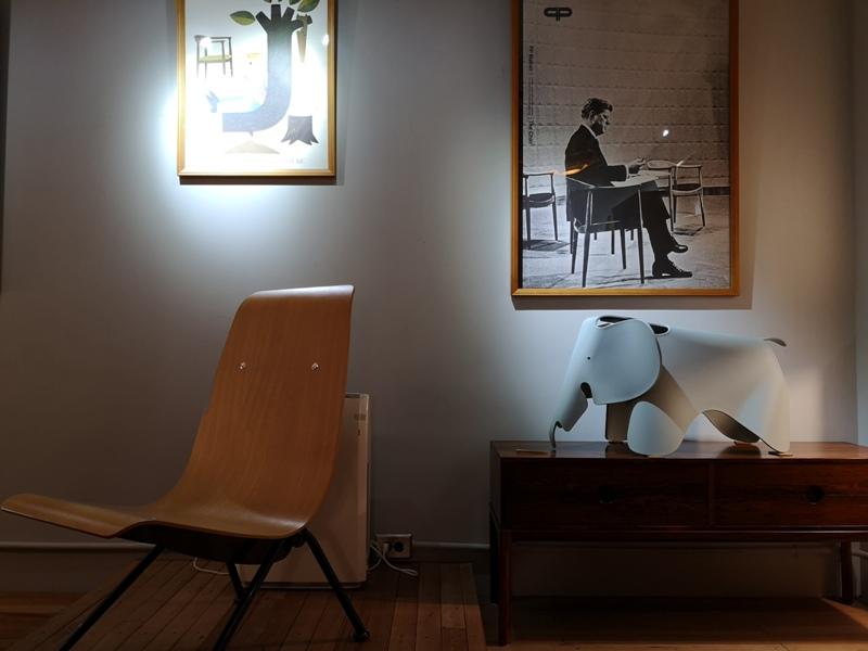 klassic20 新竹-舊是經典Absolut Klassik享受咖啡感受經典家具的溫暖空間