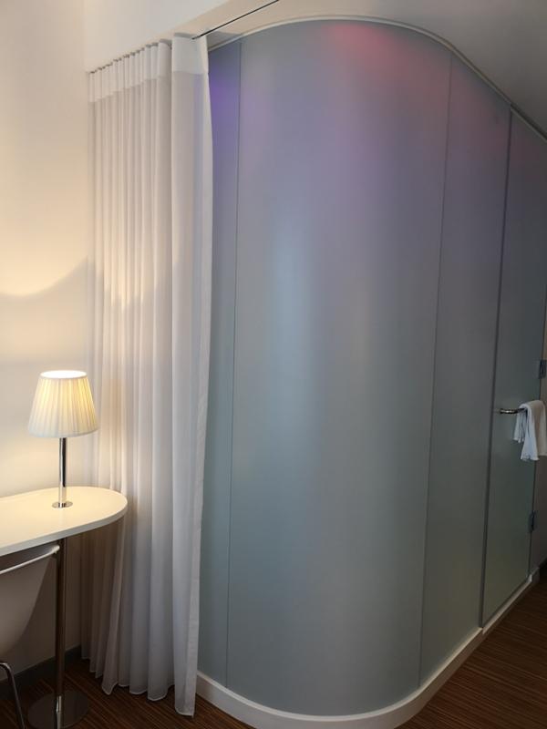 citizenMtaipei34 中正-台北北門CitizenM酒店 時尚摩登多彩又純白