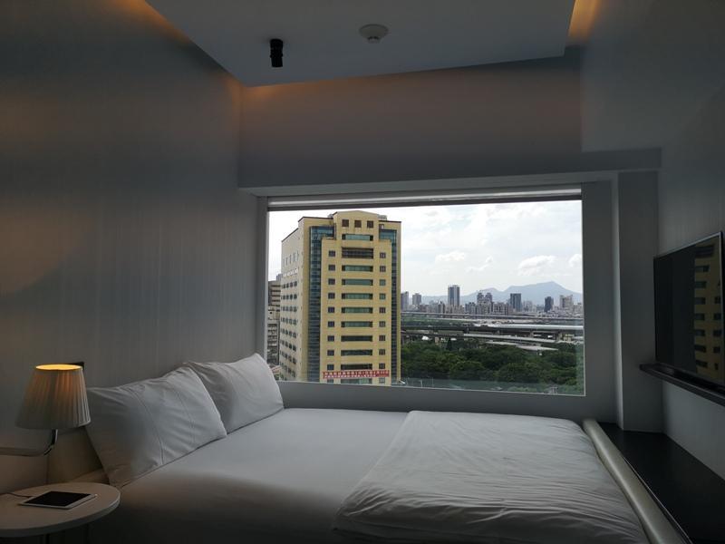 citizenMtaipei37 中正-台北北門CitizenM酒店 時尚摩登多彩又純白