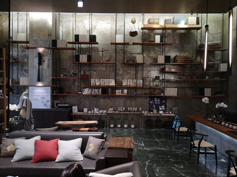 hotelday07 嘉義-桃城茶樣子 最美的飯店 最狼狽的泳池照