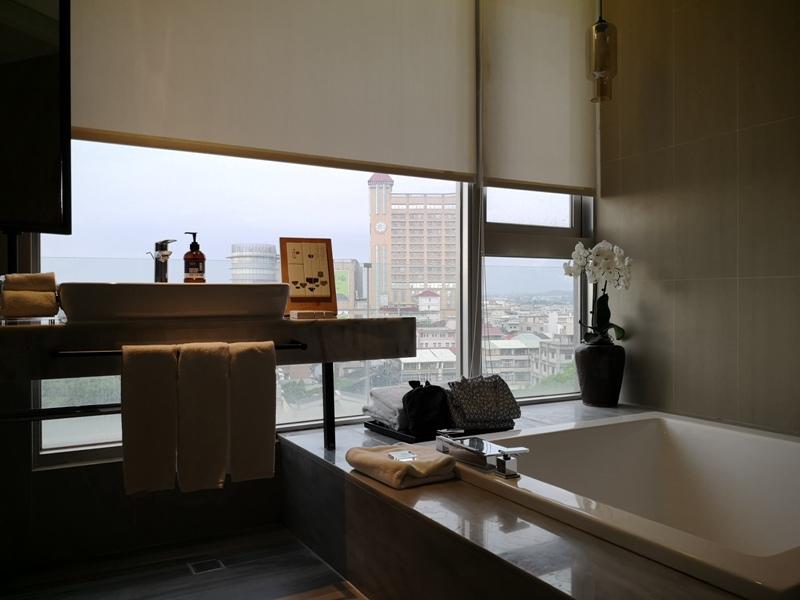 hotelday22 嘉義-桃城茶樣子 最美的飯店 最狼狽的泳池照