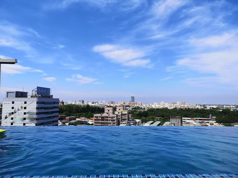 hotelday36 嘉義-桃城茶樣子 最美的飯店 最狼狽的泳池照