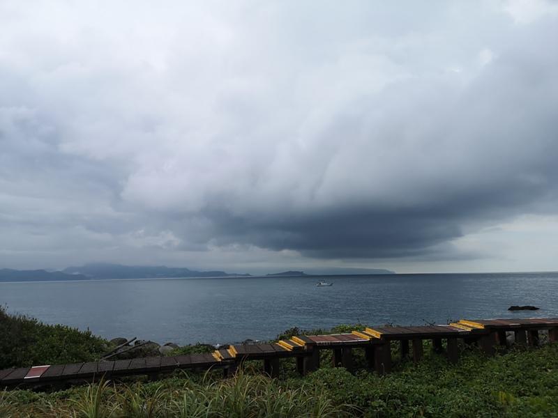 keelungisle13 基隆-首登基隆嶼 攀上最高峰 基隆外海孤獨的存在