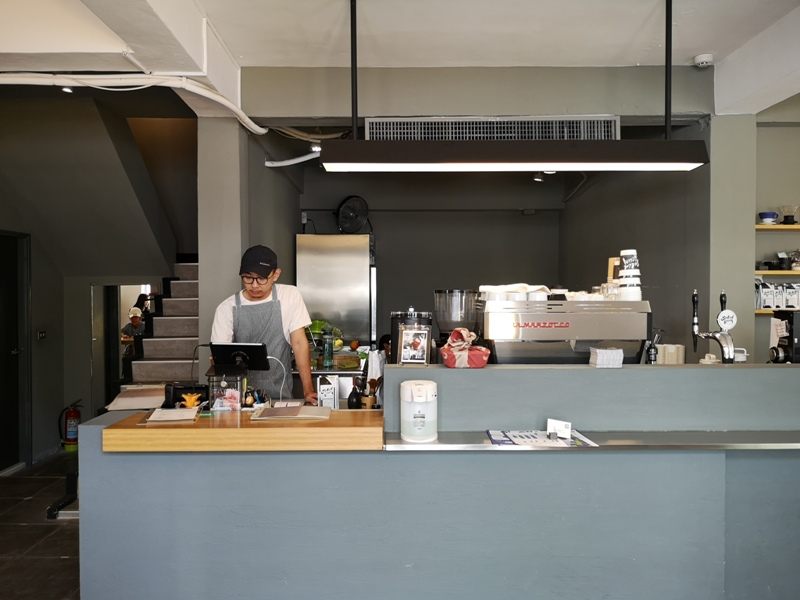 solidbean11 台中西區-Solidbean Coffee Roasters白屋綠樹老屋新味道 來杯手沖吧
