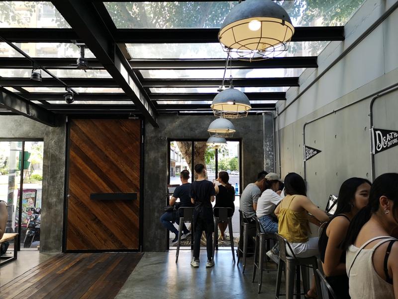 allday08 松山-All Day Roasting Company帶著工業風的咖啡名店 坐落民生社區好清幽
