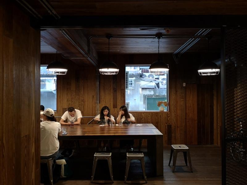allday14 松山-All Day Roasting Company帶著工業風的咖啡名店 坐落民生社區好清幽