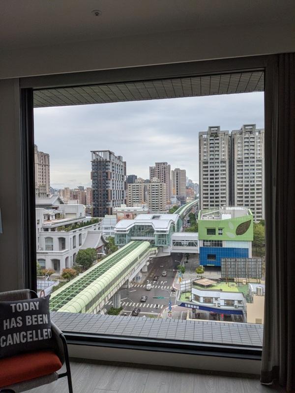 moxytaichung23 南屯-Moxy台中 萬豪潮飯店又一間 簡約IKEA風大廳宛如遊戲間