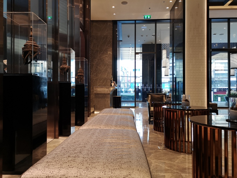 surawongselobby06 Bangkok-曼谷Marriott Hotel The Surawongse太超值...完美住宿大套房網美游池