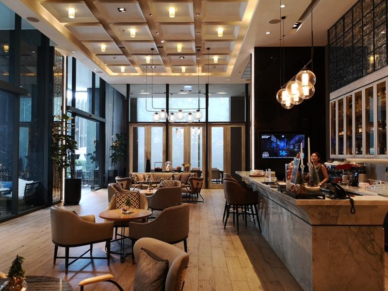 surawongselobby08 Bangkok-曼谷Marriott Hotel The Surawongse太超值...完美住宿大套房網美游池