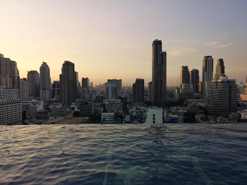 surawongsepool0112 Bangkok-曼谷Marriott Hotel The Surawongse太超值...完美住宿大套房網美游池
