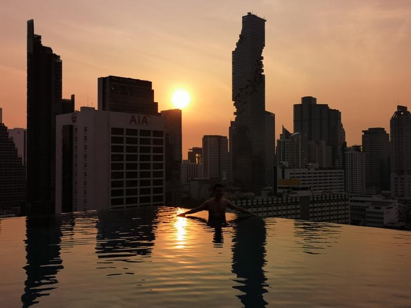 surawongsepool0119 Bangkok-曼谷Marriott Hotel The Surawongse太超值...完美住宿大套房網美游池