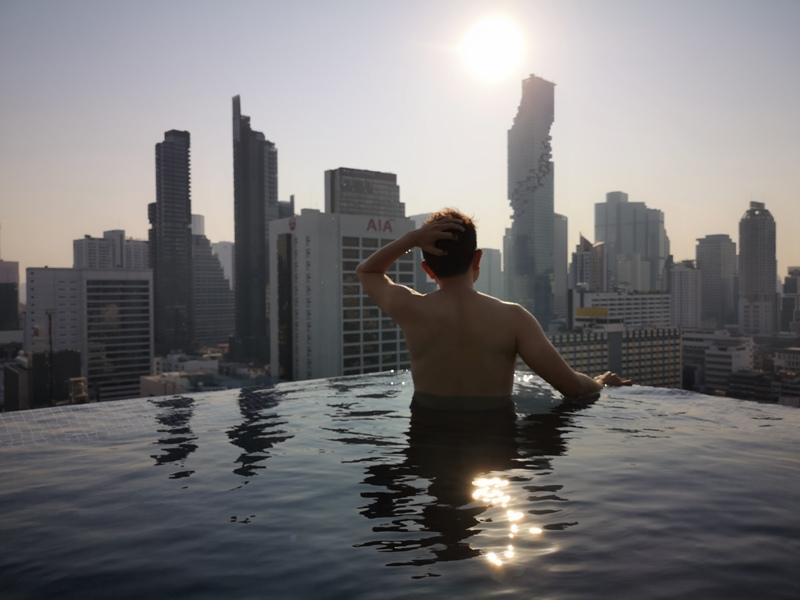 surawongsepool0120 Bangkok-曼谷Marriott Hotel The Surawongse太超值...完美住宿大套房網美游池