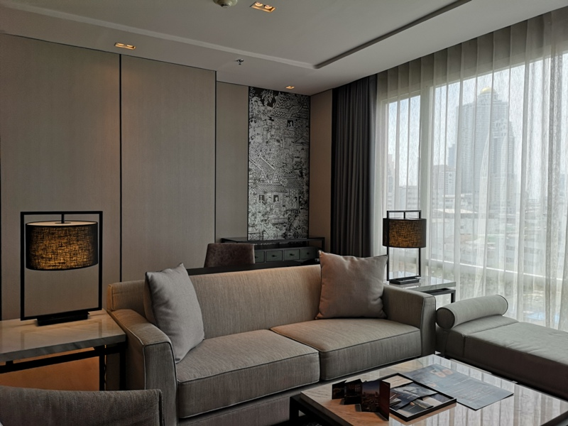 surawongseroom13 Bangkok-曼谷Marriott Hotel The Surawongse太超值...完美住宿大套房網美游池