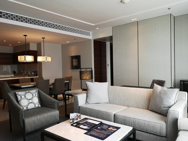 surawongseroom14 Bangkok-曼谷Marriott Hotel The Surawongse太超值...完美住宿大套房網美游池