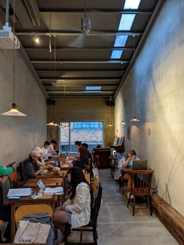 congrats16113-rotated-e1603507829798 大安-Congrats Cafe酒 咖啡 沉穩內斂的老宅 在台北家具街