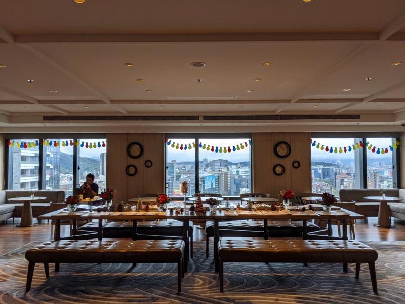 marriotttaipei5125 中山-台北萬豪 眺望松山機場與101 不夠大器的五星酒店
