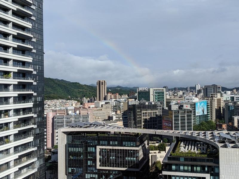 marriotttaipei5129 中山-台北萬豪 眺望松山機場與101 不夠大器的五星酒店