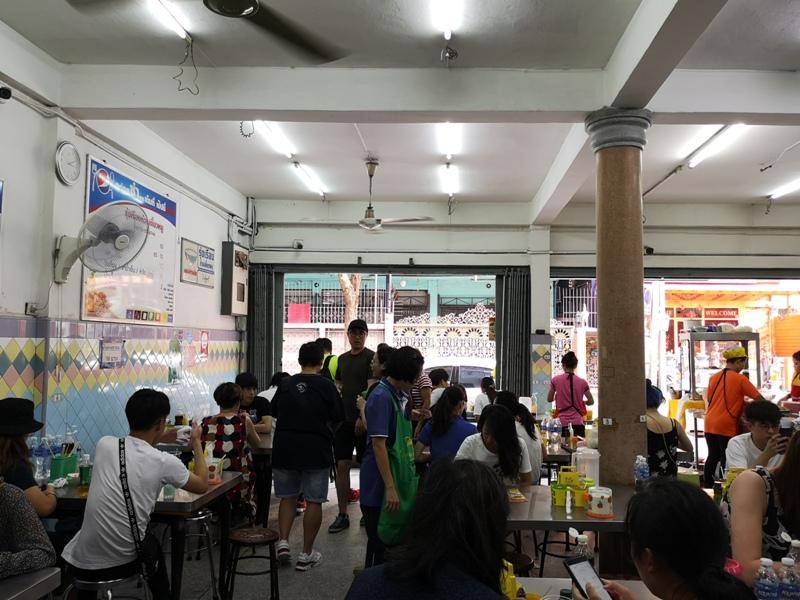 rungrueang08 Bangkok-泰榮米湯粉Guay Tiew Mu Rung Ruean必比登推薦 一碗再一碗的米粉湯