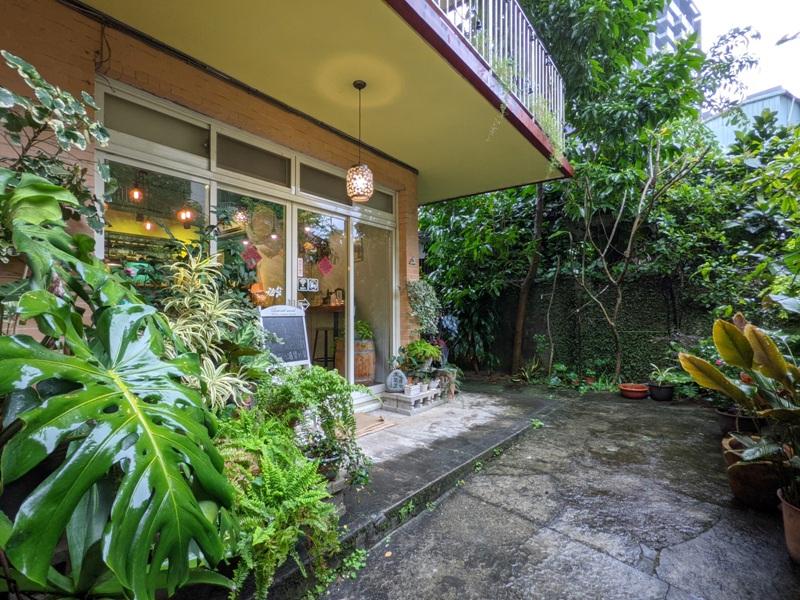 shalom05 基隆信義-夏隆 靜巷中的一杯咖啡 感受微雨的優閒