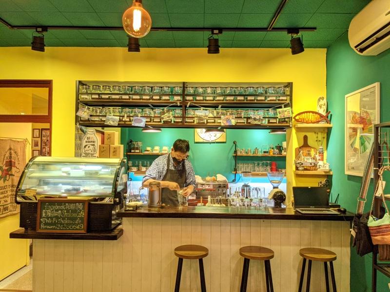 shalom11 基隆信義-夏隆 靜巷中的一杯咖啡 感受微雨的優閒