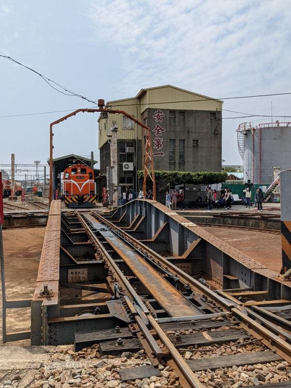 trainhouse11 彰化-扇形車庫 與火車頭的近距離接觸