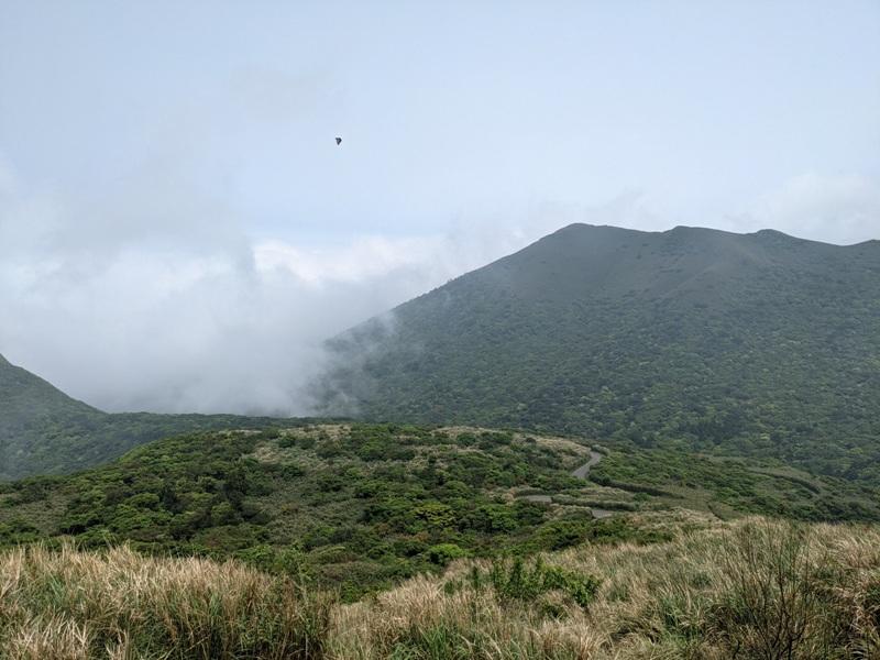 datung16 陽明山-大屯山 芒草箭竹 捕捉美麗的雲海