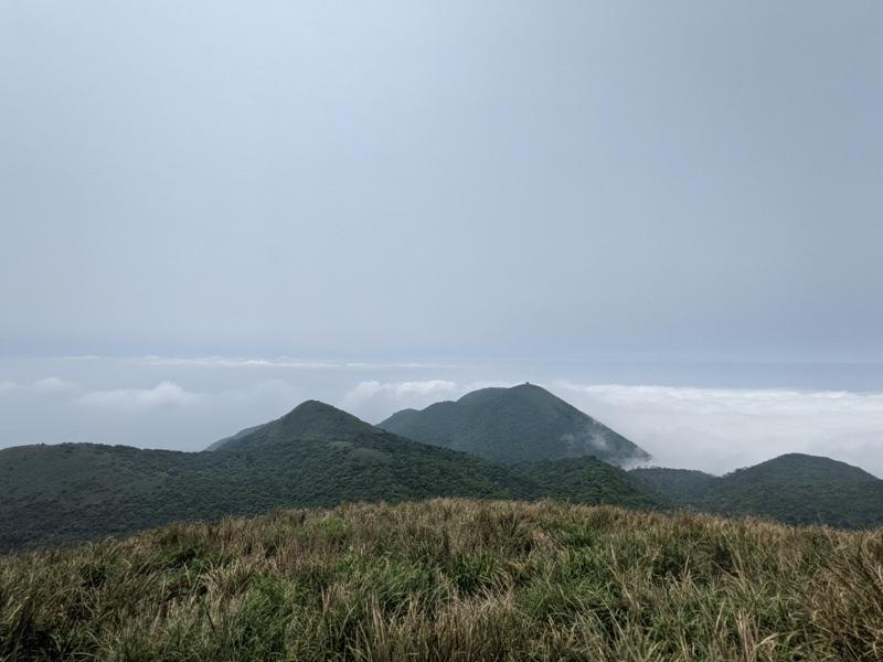 datung33 陽明山-大屯山 芒草箭竹 捕捉美麗的雲海
