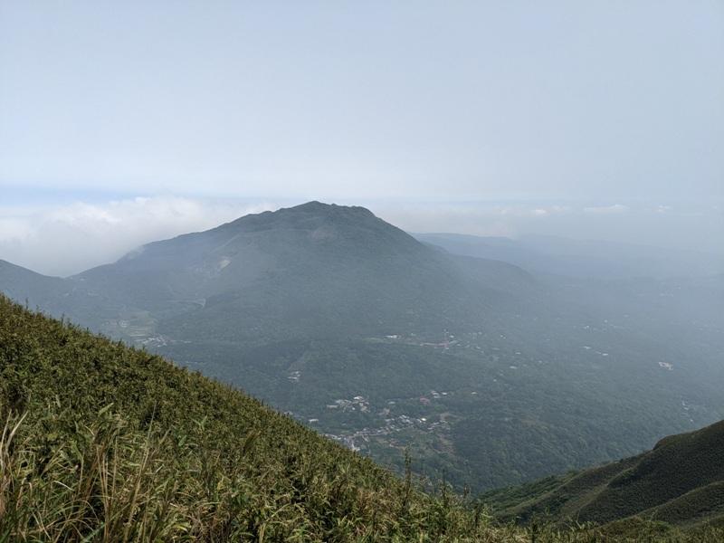 datung41 陽明山-大屯山 芒草箭竹 捕捉美麗的雲海
