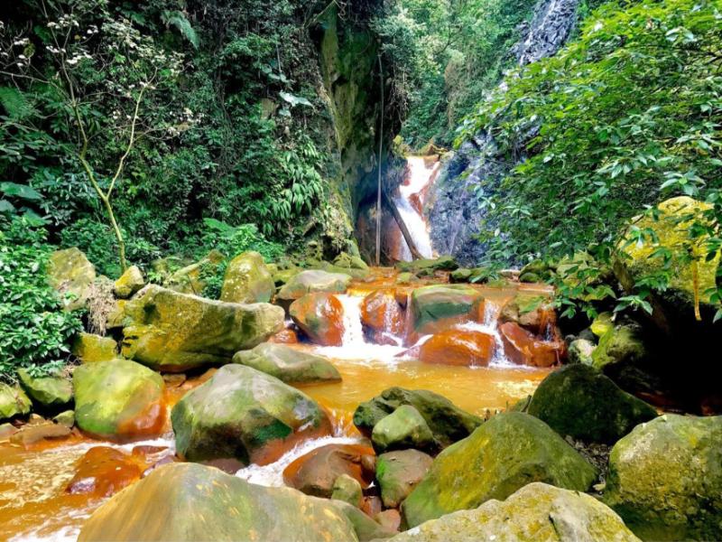tienmutrail25 士林-天母親山古道(水管道) 無緣的翠峰瀑布
