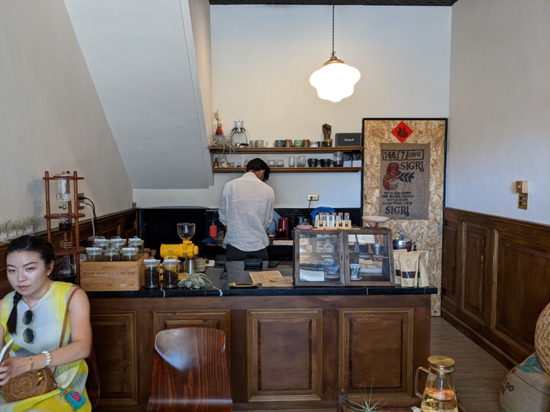 ayun05 恆春-小鬍子 恆春老街上小巧咖啡