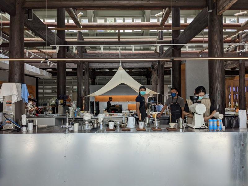 glabstopover25 台中西區-中島GLAB*Coffee Stopover古蹟中的文創 來一杯咖啡經典在府儒考棚